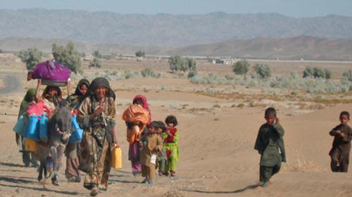 l_Balochistan-watershortage-crisis-desert-wasteland_10-28-2015_202251_l